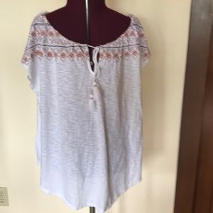 Embroidered Tassel Top NWT White L